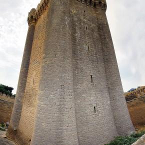 Замок в посёлке Мардакяны